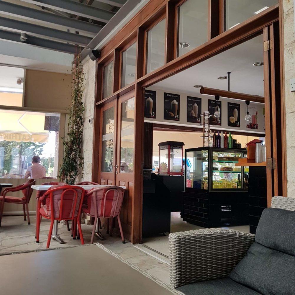 Kathikas Square Cafe Bar