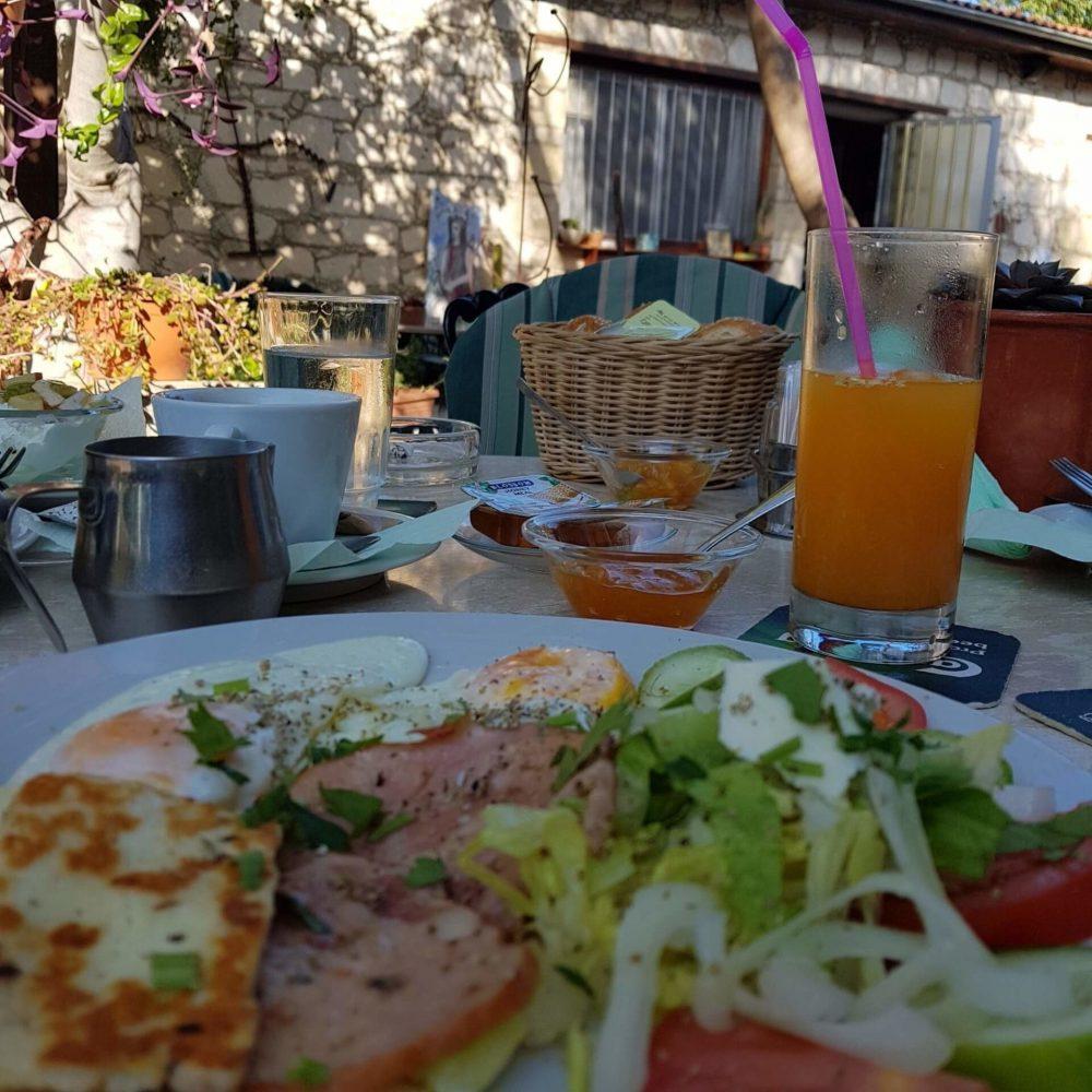 Tina's Art Cafe in Polis - Breakfast